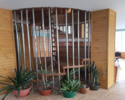 Гостиница на гео-термальных источниках в поселке Паратунка, Камчатка.