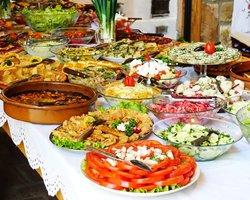 В сербском ресторане