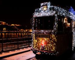 Рождественский трамвай в Будапеште