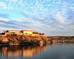 Петроварадинская крепость в Нови Сад