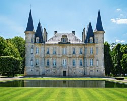 Замок Пишон-Лонгвиль-Барон