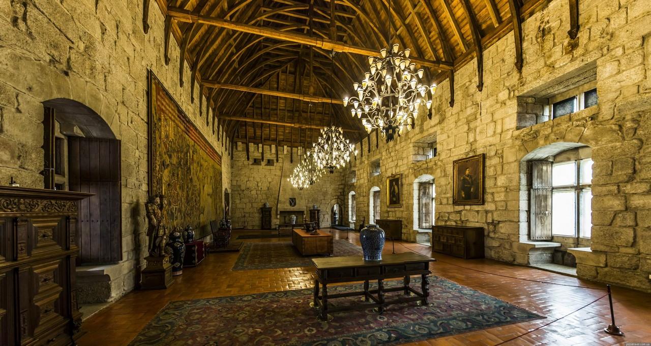Замок Гимарайнш