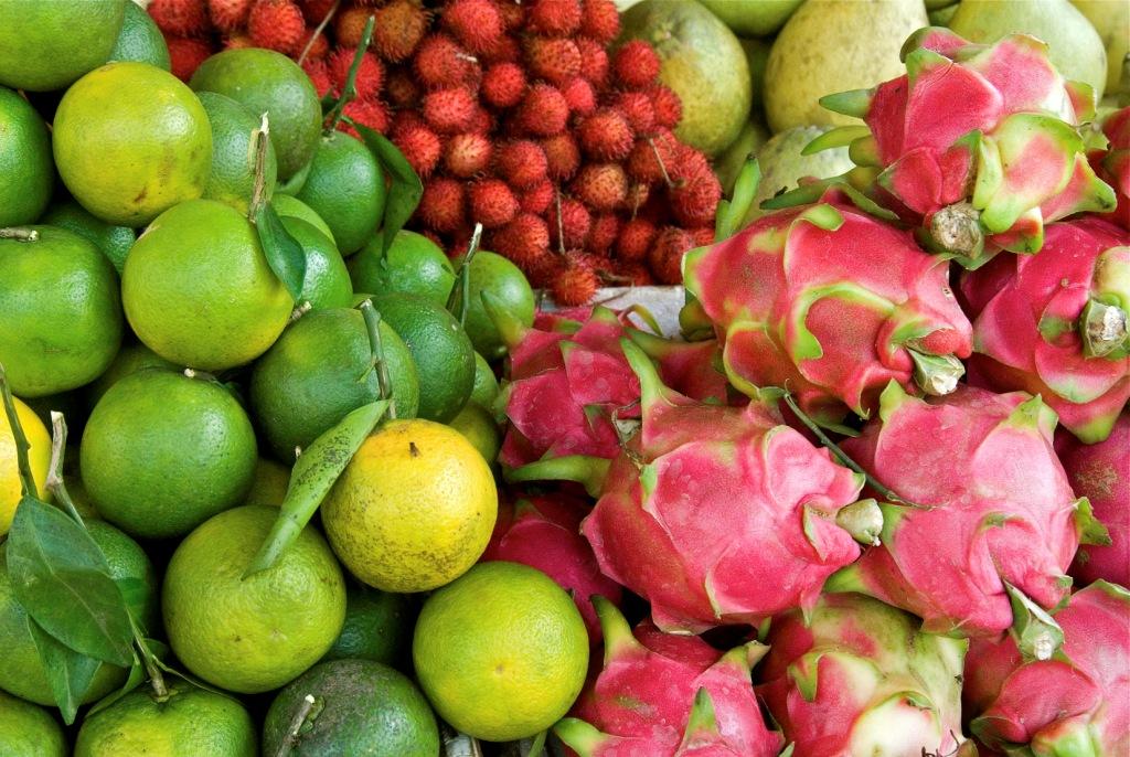 Местные фрукты
