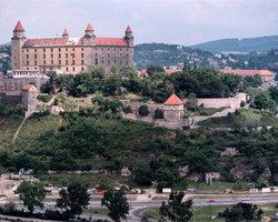 Братислава, Вид на Замковый холм