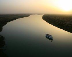 Теплоход на реке Сенегал